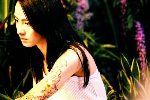 电影里,竹子的师父说:「做为刺青师,你必须了解每个刺青背后的秘密,却