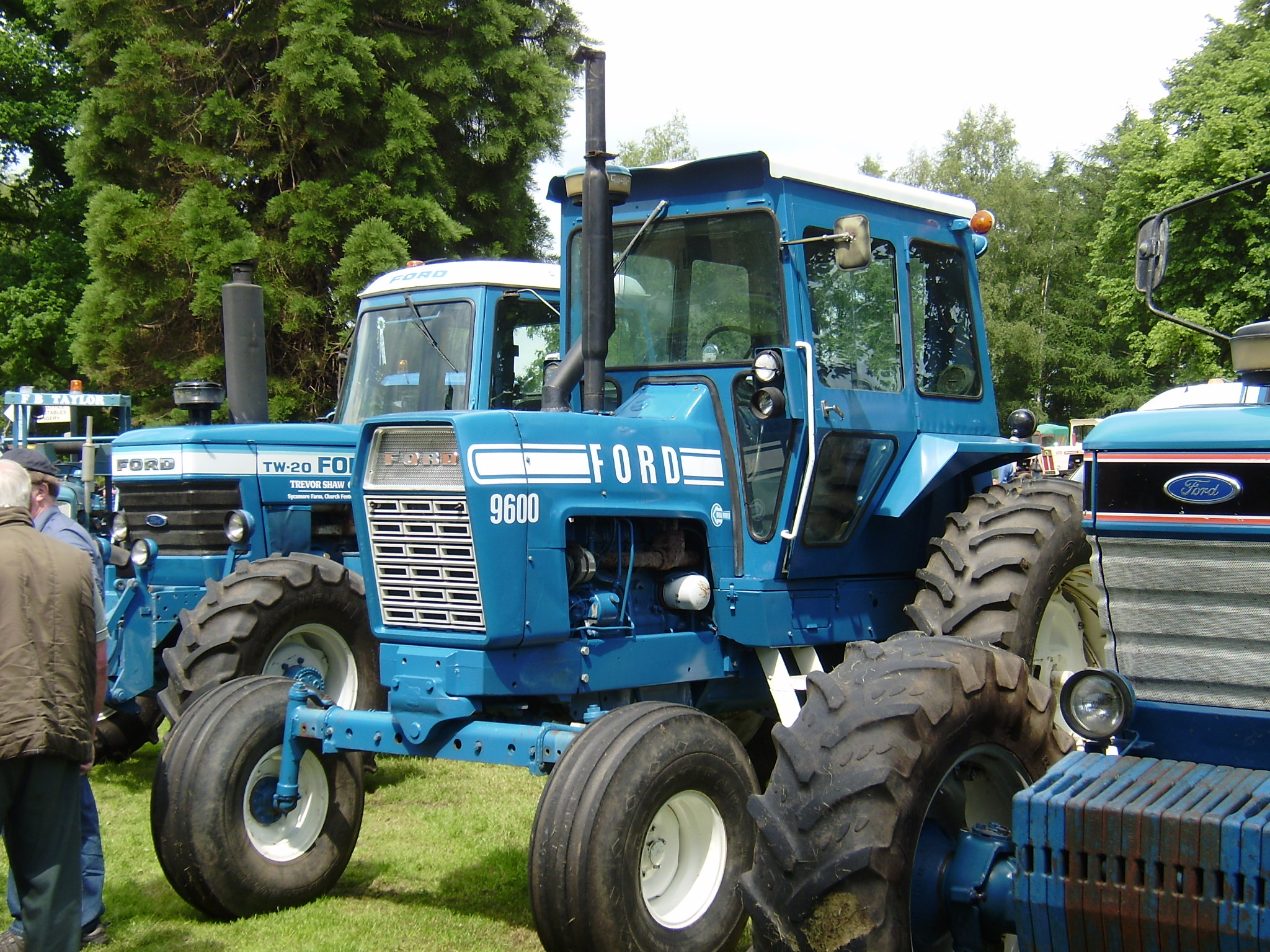 Ford 9600 Tractor : Ford tractors tractor construction plant wiki the