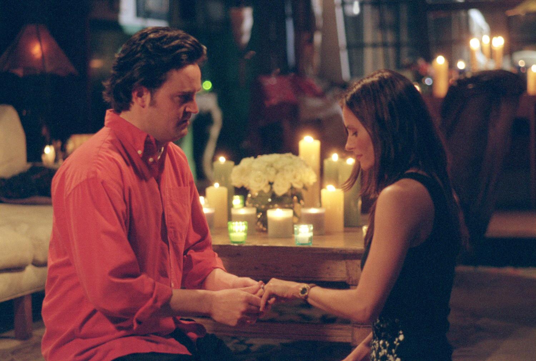 Friends season 9 episode 18 synopsis / Drama fantasy romance filme