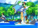 EP560 Alumnos cabalgando con sus Pokémon de tipo agua (2).png