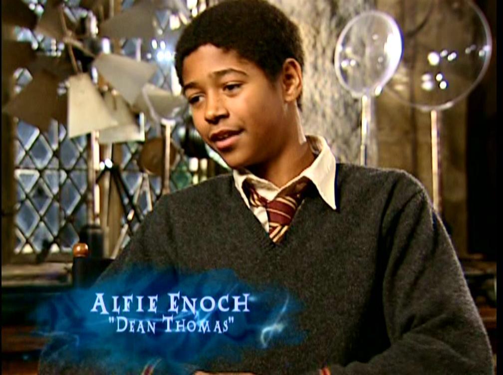 http://img1.wikia.nocookie.net/__cb20091229030144/harrypotter/images/7/77/Alfie_Enoch_(Dean_Thomas)_HP4_screenshot.JPG