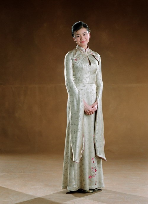 Cho Chang S Dress Robes Harry Potter Wiki