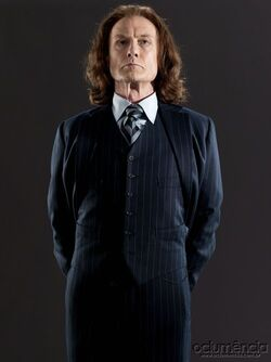 http://img1.wikia.nocookie.net/__cb20110130060221/harrypotter/images/thumb/5/52/DH_Minister_for_Magic_Rufus_Scrimgeour_promo.jpg/250px-DH_Minister_for_Magic_Rufus_Scrimgeour_promo.jpg