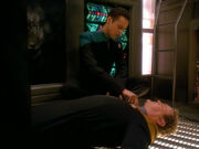 Bashir helps O'Brien in Ops - Visionary