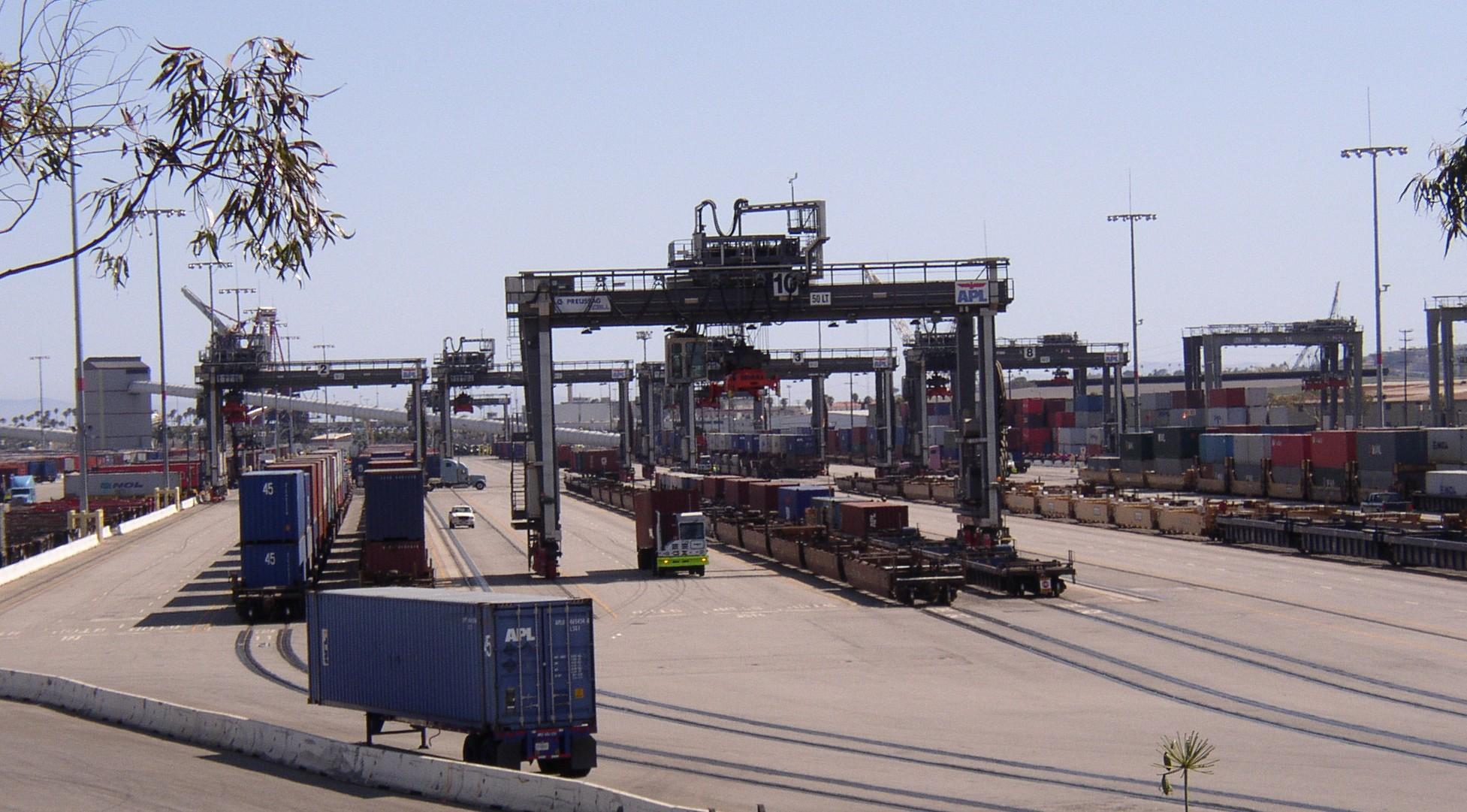 Intermodal Freight Transport Tractor Amp Construction