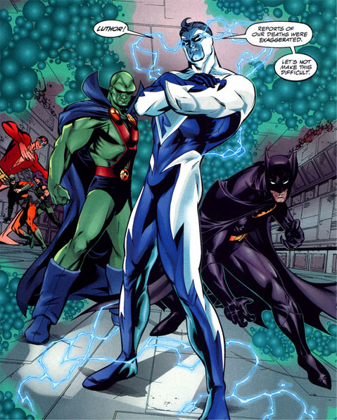 http://img1.wikia.nocookie.net/__cb20110705225402/marvel_dc/images/b/b5/Superman_Blue_010.jpg