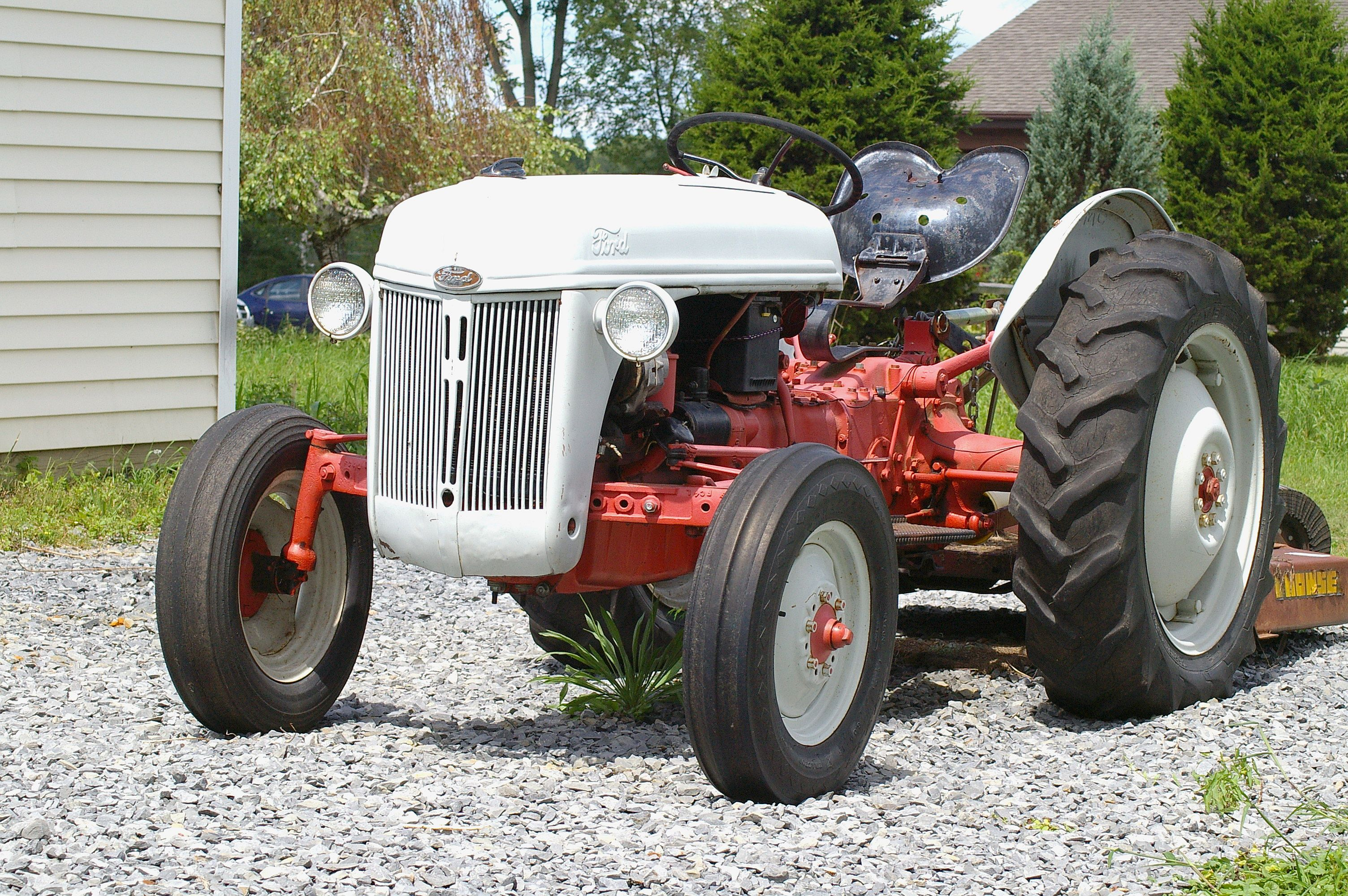 Ford Tractor Company : Ford motor company tractor construction plant wiki