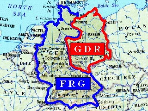 Berlin Map East Germany - Berlin map east west