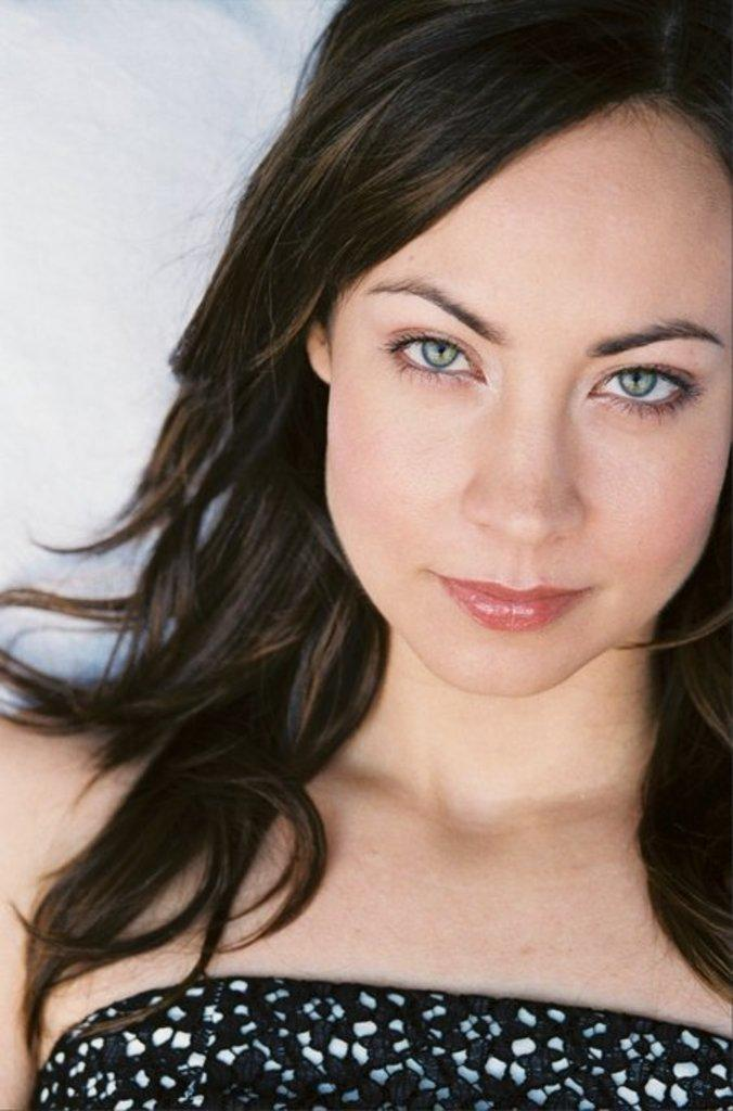 Courtney Ford actress