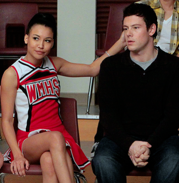 are rachel and santana dating There are only a few times that members of the glee club have dated outside of  their circle (jesse/rachel, santana/dani, kurt/adam,.