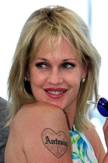 Image melanie headhunter 39 s holosuite wiki for Melanie griffith tattoo