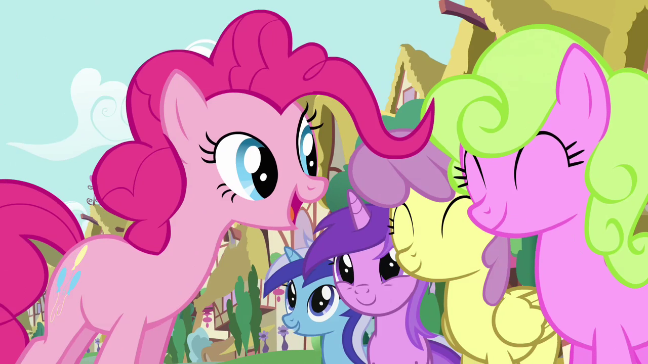 Image - Pinkie Pie's song pony crowd 3 S2E18.png - My ... - photo#17