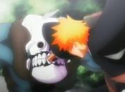 423px-Ichigo Kurosaki returns Shrieker's bombs