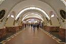 800px-Metro SPB Line1 Vosstaniya.jpg