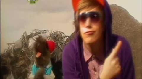 CBBC Iain & Hacker- The Chair Rap (Music Video)