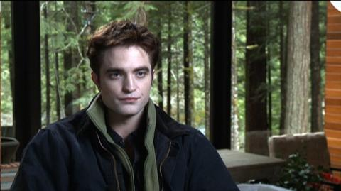 The Twilight Saga Breaking Dawn - Part 1 (2011) - Interview Robert Pattinson