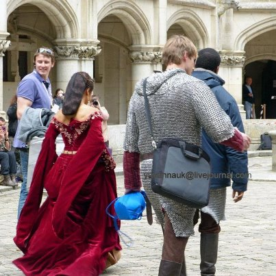 Bradley James Girlfriend Angel Coulby Angel Coulby Merlin Season 5