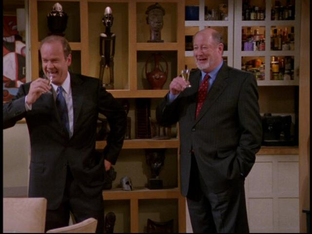 a26029f15e0 0---sitcoms---frasier.wikia.com A Crane  s Critique is the fourth episode  ...
