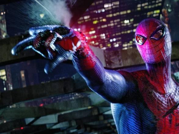 Sala de experimentación de la base secreta de Siniestro en la Luna The-Amazing-Spider-man-Shooting-Web
