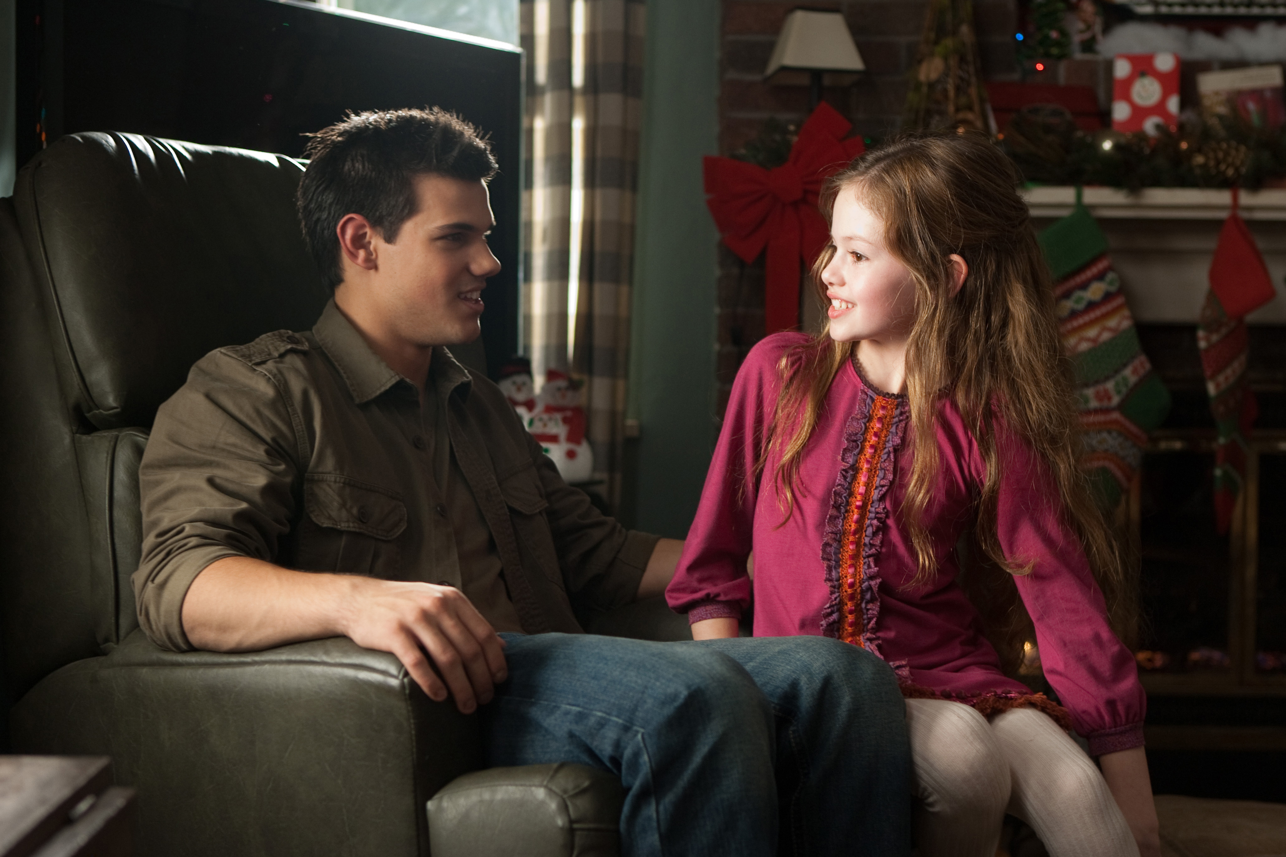 Jacob Black and Renesmee Cullen  Renesmee Cullen And Jacob Black Together