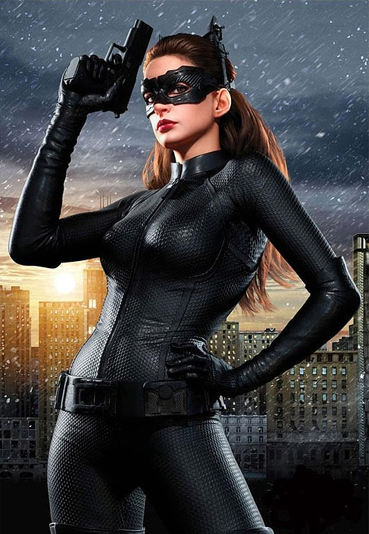 catwoman anne hathaway batman wiki alles ber batman bruce wayne robin joker catwoman. Black Bedroom Furniture Sets. Home Design Ideas