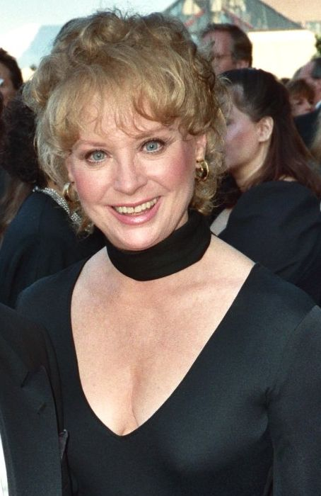 Lois Nettleton full house
