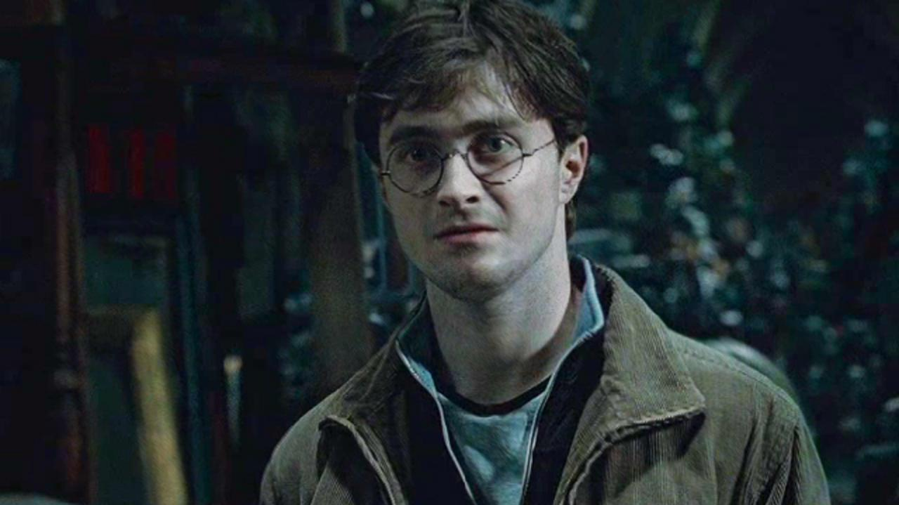 Harry Potter and the Deathly Hallows Clip - I'd Like It Back