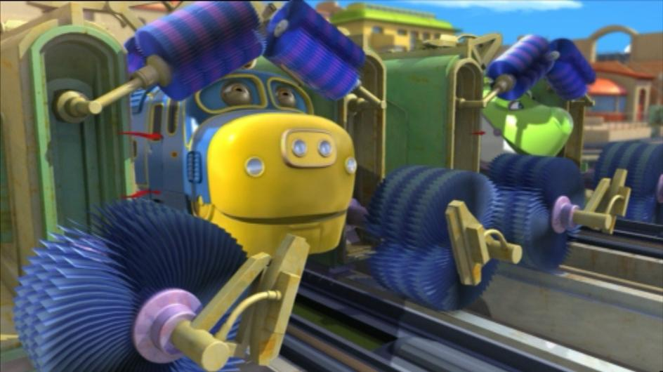 Amazon.com: Chuggington Chug Wash Train Set: Toys & Games |Chuggington Train Wash