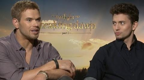 Kellan Lutz & Jackson Rathbone on Vampire Flash Mob & More - Breaking Dawn Part