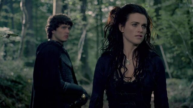 File:Mordred Alexander Vlahos and Morgana Katie McGrath.jpg