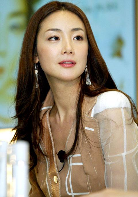 Ji-Woo Choi Nude Photos 61