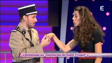 """Hommage au """" Gendarme de Saint-Tropez """""""