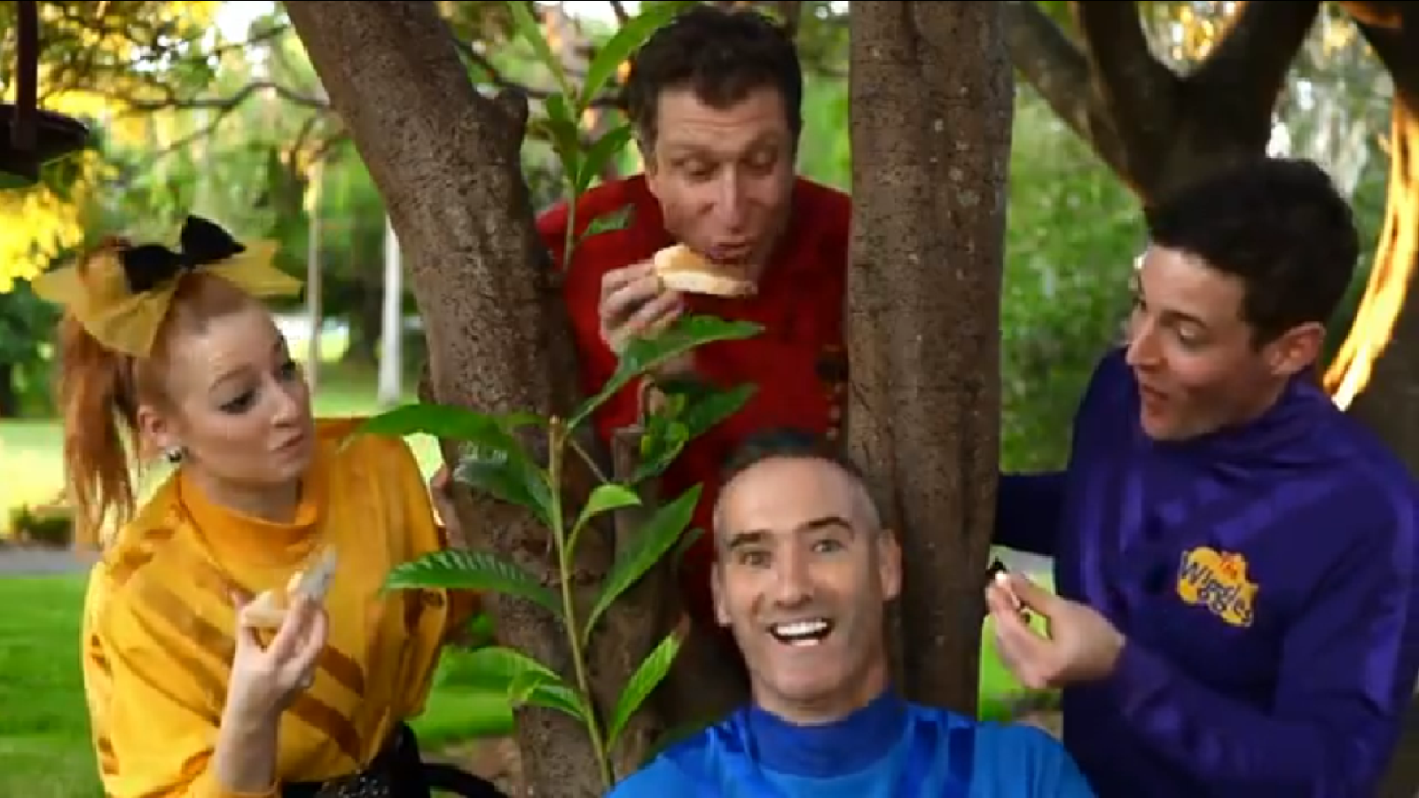 The wiggles peanut butter wiggle and learn