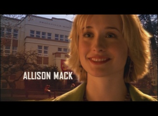 http://img1.wikia.nocookie.net/__cb20130421065118/smallville/images/6/60/Smallville_-_Opening_Sequence_-_Allison_Mack.jpg