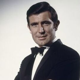 270px-James_Bond_%28George_Lazenby%29_-_