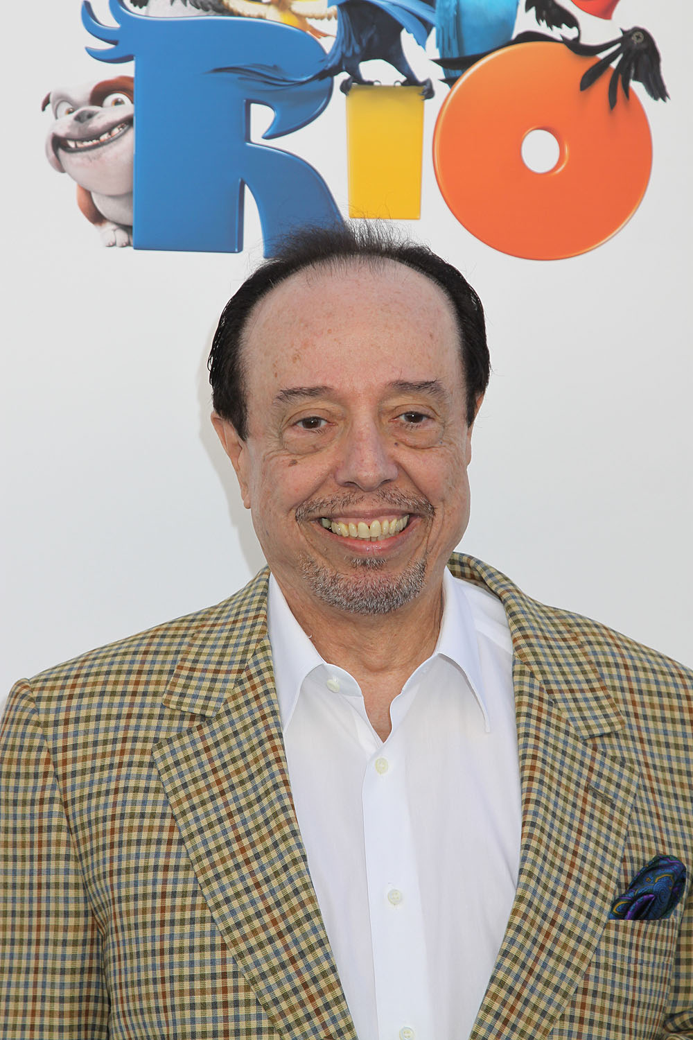 The 76-year old son of father (?) and mother(?), 183 cm tall Sérgio Mendes in 2017 photo