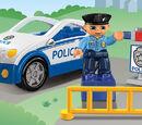 4963 La voiture de police