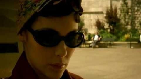 Amelie (2001) HD trailer
