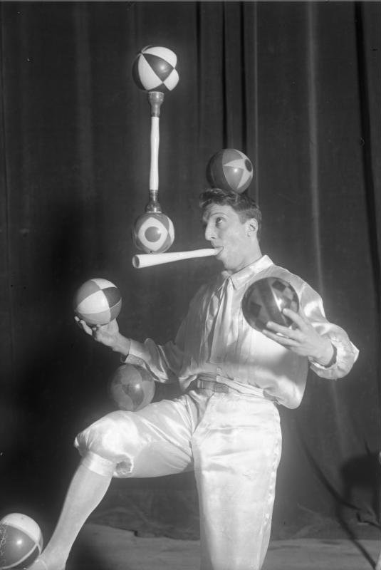 Enrico Rastelli  Juggle Wiki
