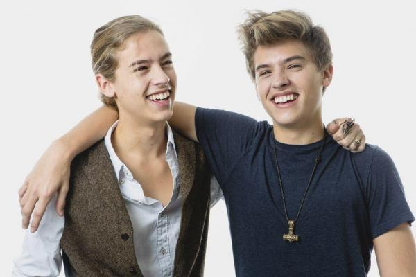 Image - Dylan and Cole Sprouse 2013.jpg - DisneyWiki