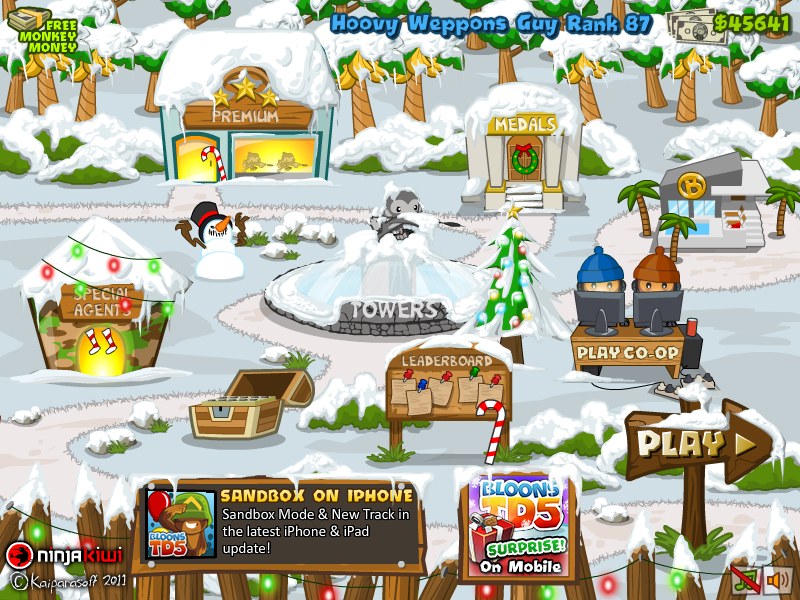 The main menu screen during christmas