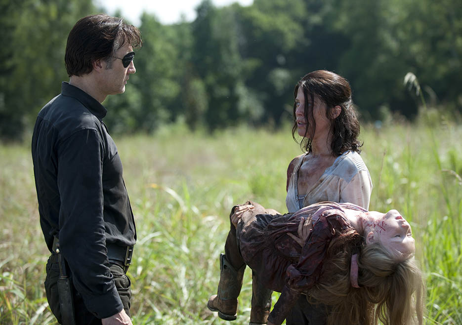 http://img1.wikia.nocookie.net/__cb20131204164448/walkingdead/images/3/3a/Ustv-the-walking-dead-s04-e08-6.jpg