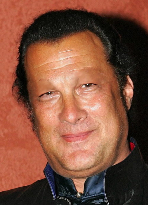 FileSteven Seagal Smil...