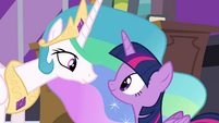Twilight and Celestia mutual support S4E01