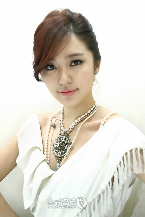 http://img1.wikia.nocookie.net/__cb20140114215751/sayyes/es/images/0/08/Yoon_Eun_Hye_9.jpg