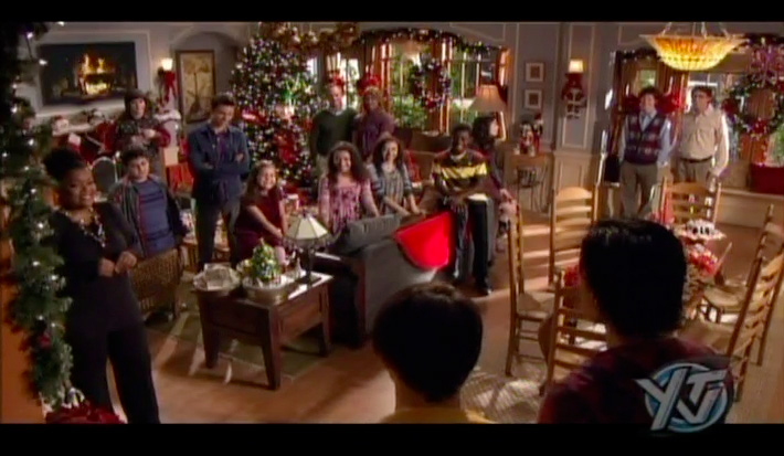 Merry Christmas Drake And Josh Monkey.Drake And Josh Merry Christmas Decorating Ideas