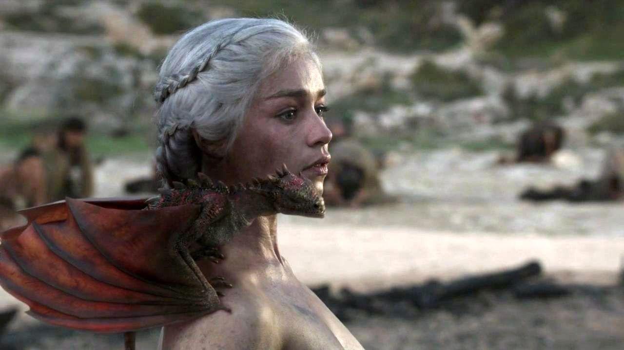 Game_of_Thrones_Daenerys_Discusses_Invad