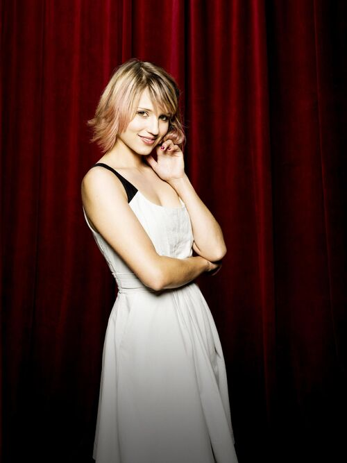 500px-Quinn-Fabray-Season-3-dianna-agron-26986253-1918-2560 jpgDianna Agron Glee Season 1