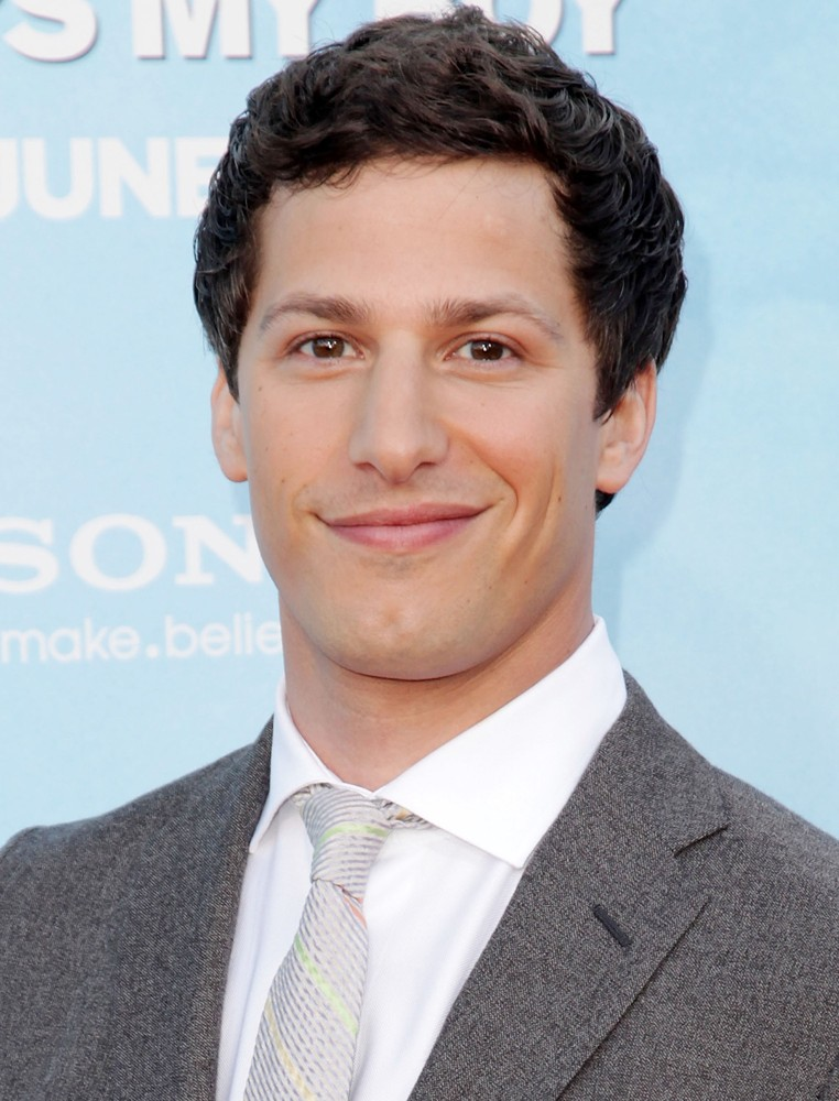 Andy Samberg moreover En Las Montanas De La Locura De H P Lovecraft further Muere Manuel Capetillo likewise Film404958 moreover Kung Fu Panda  franquicia. on oscar gutierrez mexico