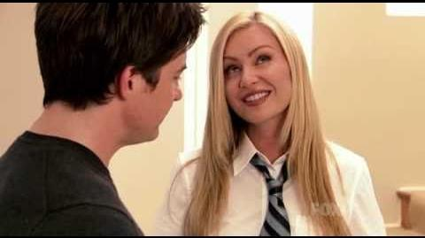 "Jason Bateman and Portia de Rossi - ""Arrested Development"" moment"